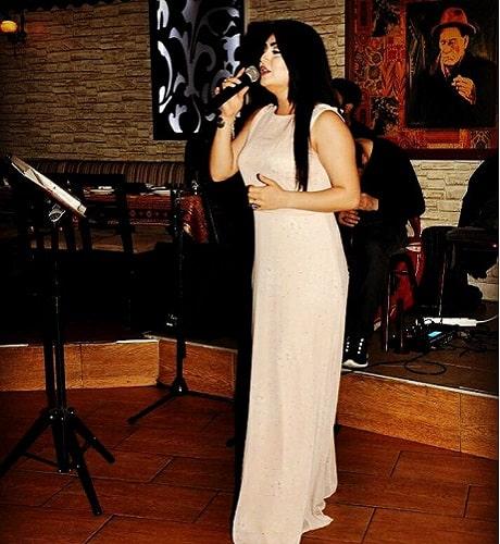 """Kürt Şarkıcı Melis Berçem """"Kürtçe'ye Uzak Büyüdük"""" 1"""